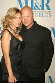 Michelle Moran and Michael Chiklis — Stock Photo