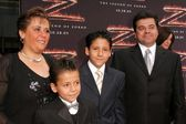 Adrian Alonso and family at the premiere of The Legend of Zorro. Orpheum Theater, Los Angeles, CA. 10-16-05 — Stock Photo