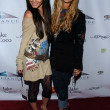 Vanessa Anne Hutchinson and Ashley Tisdale — Lizenzfreies Foto