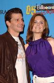 David Boreanaz and Emily Deschanel — Foto Stock