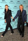 Portia de Rossi and Ellen DeGeneres — Stock Photo