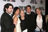 Jason Reitman with Ivan Reitman and family — Stock Photo
