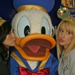Brenda Strong, Donald Duck and Ashley Tisdale — Stock Photo #16660243