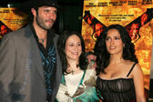 Robert Rodriguez with Elizabeth Avellan and Salma Hayek — Stock Photo