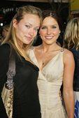 Olivia Wilde and Sophia Bush — 图库照片