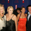 Daryl Hannah with Quentin Tarantino and the stunt team from Kill Bill — Stok fotoğraf