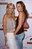 Helena Mattson and Emily Foxler — Stock Photo
