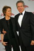 Annette Bening, Warren Beatty — Stock Photo