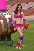 Adrianne Curry at the Lingerie Bowl III Kick-Off Celebrity Quarterback Photo Shoot, Private Location, Long Beach, CA 05-27-05 — Stock Photo