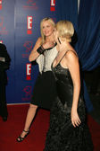 Daryl Hannah and friend — Stockfoto