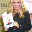 Jenny McCarthy Signs Belly Laughs — Stock Photo