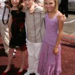 Постер, плакат: Julia Winter Freddie Highmore and Annasophia Robb