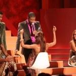 Usher and Kenneth Babyface Edmonds with Destinys Child — Stock Photo