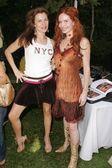Alicia Arden and Phoebe Price — Stock Photo