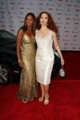 Holly Robinson Peete and Amy Yasbeck — Stock Photo