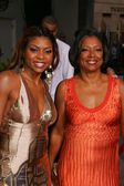 Taraji P. Henson and mom — Stock Photo