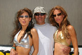 Kerri Kasem, Galen Brown and a friend of the show at an on-air radio show by 97.1 KLSXs Two Chicks and a Bunny at Morongo Casino Resort and Spa, Cabazon, CA 06-05-05 — Stock Photo