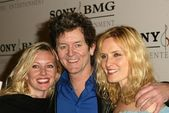 Rodney Crowell with family — Stock Photo