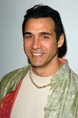 Adrian Paul at the Book Party for Acting Coach Larry Moss The Intent To Live, The Edgemar Center for the Arts, Santa Monica, CA 02-10-05 — Stock Photo