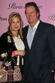 Kathy and Rick Hilton Paris parents at the Paris Hilton Fragrance Launch Party at 5900 Wilshire Blvd. Los Angeles, CA. 12-03-04 — Stock Photo