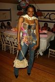 Kena Zakia Birthday and Web Site Launch Party — Stock Photo