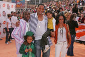 Will Smith, Jada Pinkett Smith and family — Stock Photo