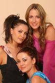 Abi Ferrin and RU at Revolving Door Style Studios. Abi Ferrin, Ksenia Linkova and Katia Jones — Stock Photo