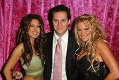 Kerri kasem, brian wallos e tina jordan nas banco aquecedores figurinhas celebra o lançamento de fantasia queda da série 2004 trading card, felicidade, west hollywood, ca. 20/11/04 — Foto Stock