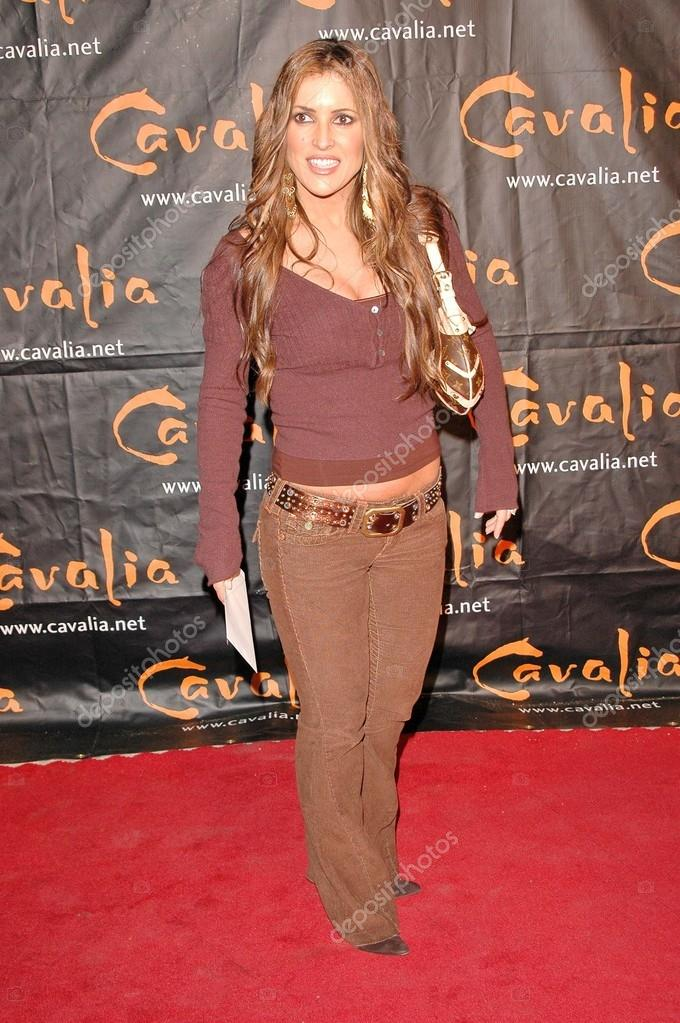 Jillian Barberie at the Opening Night of Cavalia: A Magical Encounter Between Horse and Man, Santa Monica Pier, Santa Monica, CA 11-10-04 — Stock Photo #17093051