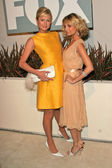 Paris Hilton and Nicole Richie — Stock Photo