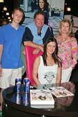 Barron Hilton, Rick Hilton, Kathy Hilton, Nicky Hilton — Stock Photo