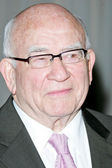 Edward Asner — Stock Photo