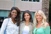 Starr Campbell, Sonia Vera and Gabrielle Tuite — Stock Photo