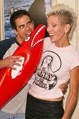 Eli Roth and date Natasha — Stock Photo