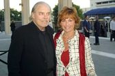 Stacy Keach and wife Malgosia Tomassi — Stock Photo