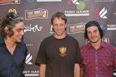 Benicio Del Toro, Tony Hawk and Mat Hoffman — Stock Photo