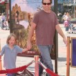 Постер, плакат: David Duchovny and child