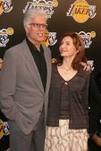 Ted Danson and Mary Steenburgen — Stock Photo