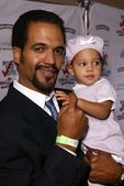 Kristoff St. John and daughter — Stock Photo