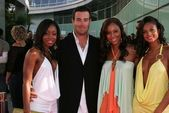 Carson Daly with Misteeq — Stock Photo