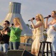 Постер, плакат: Carnie Wilson Wendy Wilson and Chynna Phillips