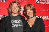 Eric Christian Olsen and Alexandra Paul — Stock Photo