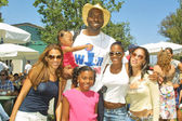John Salley and family — Stock Photo