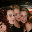 Devra Weiss, Jennifer Blanc and Devon Odessa — Stock Photo
