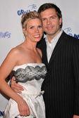 Cheryl Hines and husband — Stock Photo