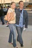 Estella Warren and Peter Berg — Stock Photo