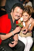 Paul Rodriguez and Leslie Gomez — Stockfoto