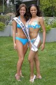 Vanessa Bissanti, Miss New Hampshire and Victoria Franklin, Miss Nevada — Stock Photo