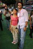 Eric Benet and daughter India — Stock Photo