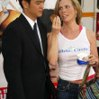 Постер, плакат: John Cho and Cheryl Hines